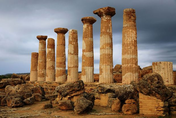 Temple of Hercules, Tempio di Ercole, Valley of the Temples, Agrigento, Sicily, Italy. Image shot 2008. Exact date unknown.